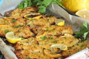 Bifes de frango com limão no forno – crocantes por fora e macios por dentro, e que cheiro e sabor