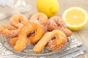 Argolinhas fritas de limão