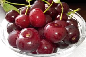 Sabia que este delicioso fruto faz milagres pela nossa saúde?